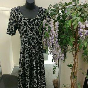 LulaRoe Textured Nicole Dress